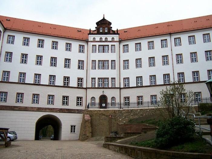 Замок Кольдиц (нем. Schloss Colditz) 78359