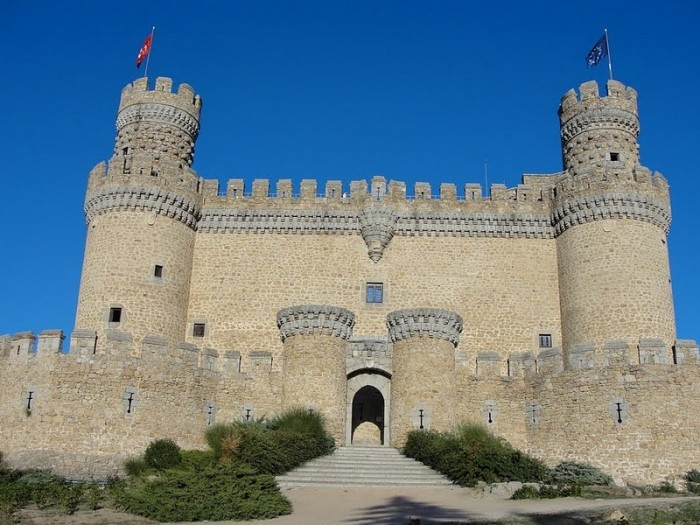 Замок в Мансанарес Эль Реал 98961