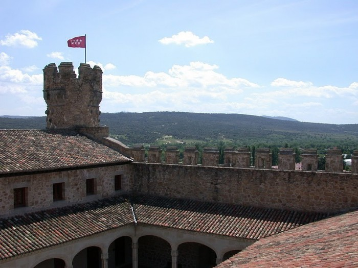 Замок в Мансанарес Эль Реал 70672