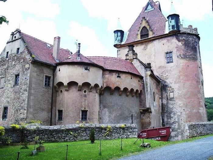 Das Schloss Kuckuckstein 30855