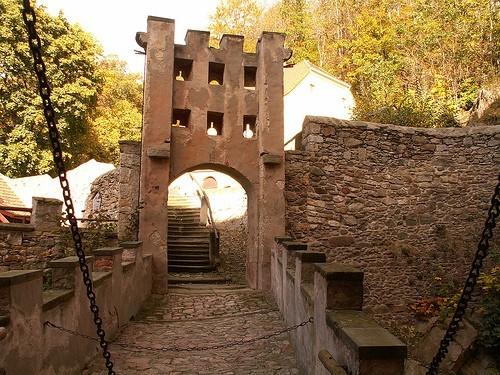 Das Schloss Kuckuckstein 76871
