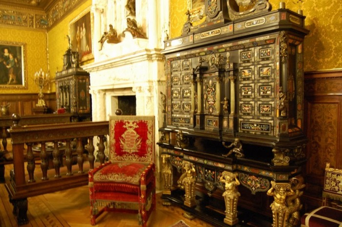 Замок Пелеш 85203