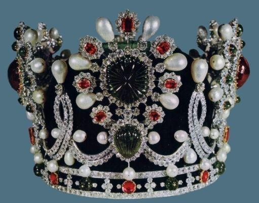 Корона жены шаха Ирана
