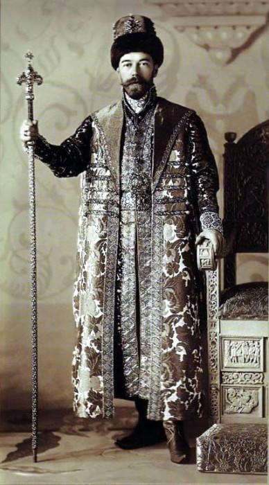 1353581 1903 ball   tsar nikolay Царь Николай II возрождал Россию. Собрание редких фотографий
