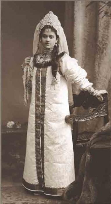 1353655 1903 ball   olga mikh. zografo Царь Николай II возрождал Россию. Собрание редких фотографий