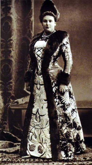 1353663 1903 ball   elena konst. kochubey Царь Николай II возрождал Россию. Собрание редких фотографий