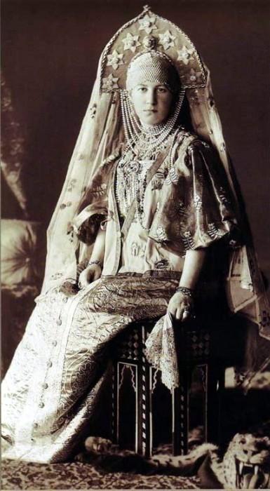 1353667 1903 ball   maria georg. Царь Николай II возрождал Россию. Собрание редких фотографий