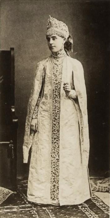 1353695 1903 ball   obolenskaya Царь Николай II возрождал Россию. Собрание редких фотографий