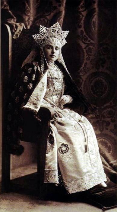 1353719 1903 ball   emma vlad. frederix Царь Николай II возрождал Россию. Собрание редких фотографий