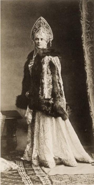 1353729 1903 ball   zinaida yusupova Царь Николай II возрождал Россию. Собрание редких фотографий