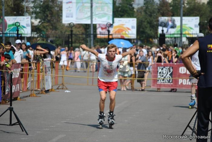Прыжки на роликовых коньках