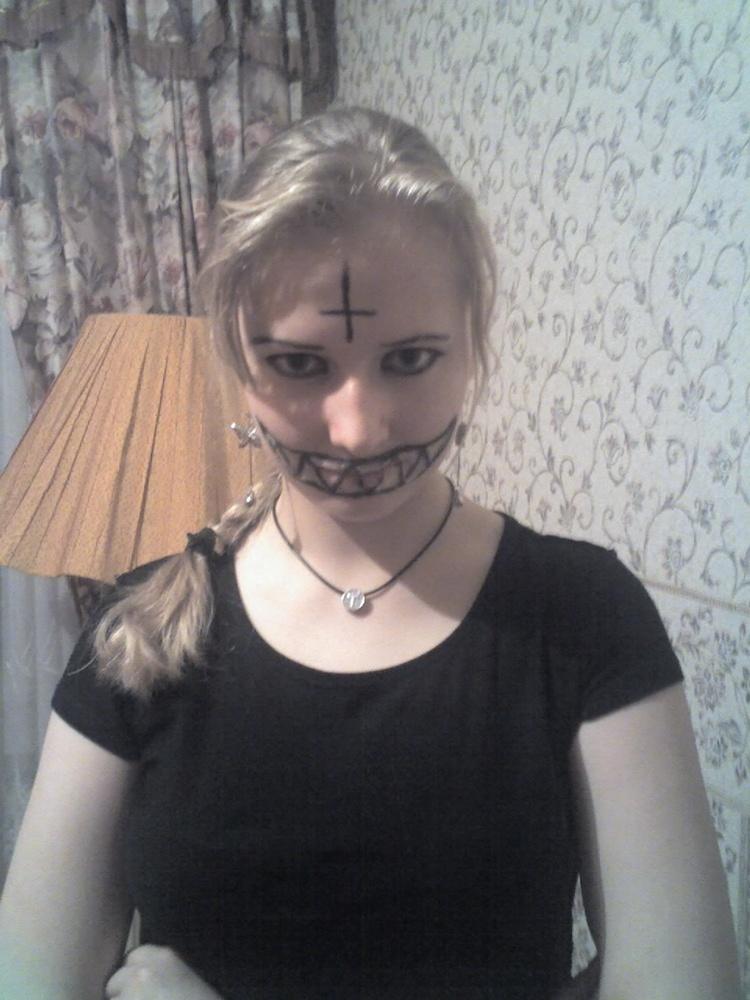 Села на лицо своей подруге 19 фотография