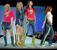 Новые идеи от Юдашкина: молодежный стиль casual и вечерние наряды de...