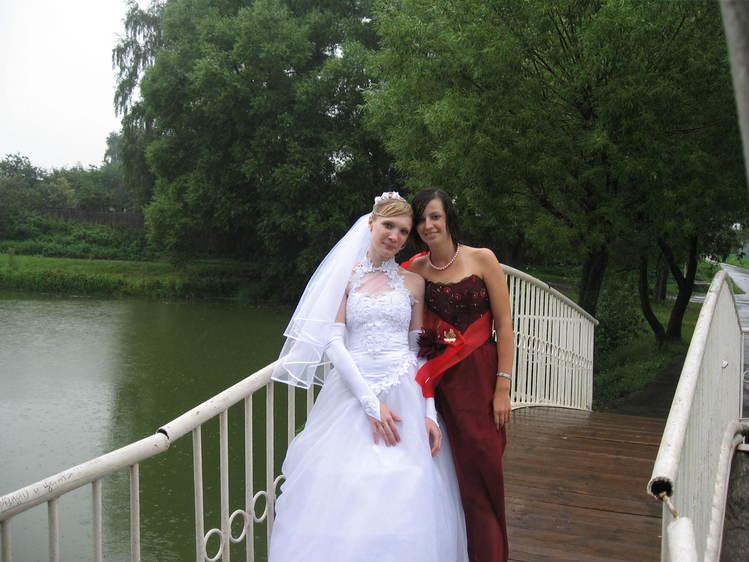 свидетельница и невеста)