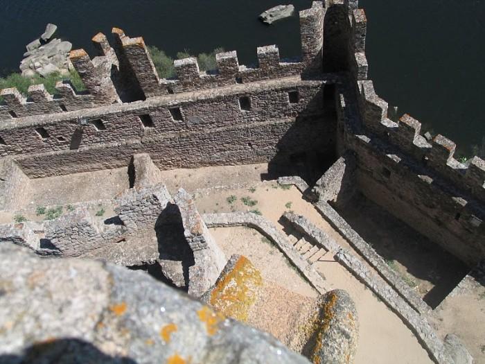Замок Альмурол (Castelo de Almourol) 56746
