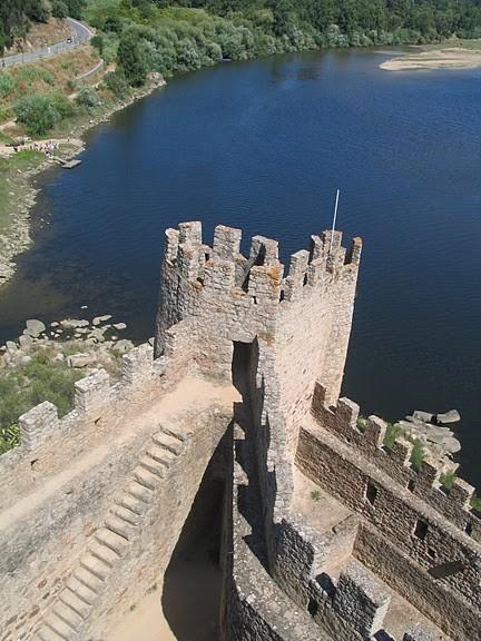 Замок Альмурол (Castelo de Almourol) 35957