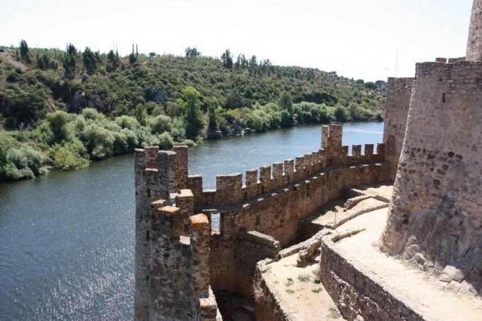 Замок Альмурол (Castelo de Almourol) 74533