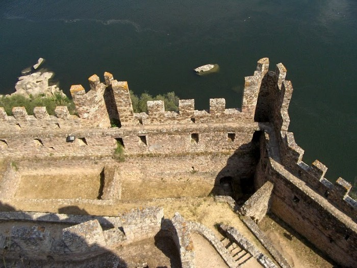 Замок Альмурол (Castelo de Almourol) 15289