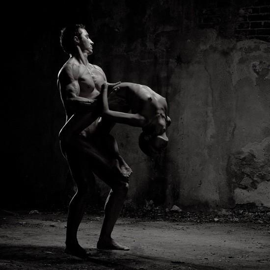Мужчина и женщина черно белые эротические фото