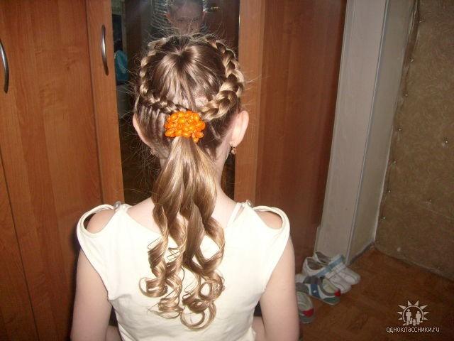 детские прически на длинные волосы на утренник