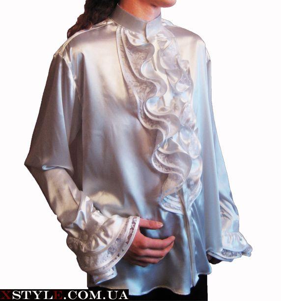 Женская блузка с воротником-жабо.
