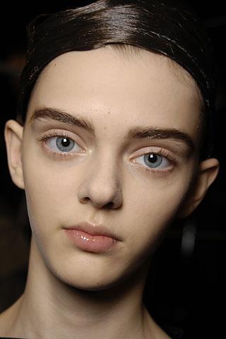 Постоянная ссылка. апрель.  Вот такая девушка модель. клипе.  Samael.