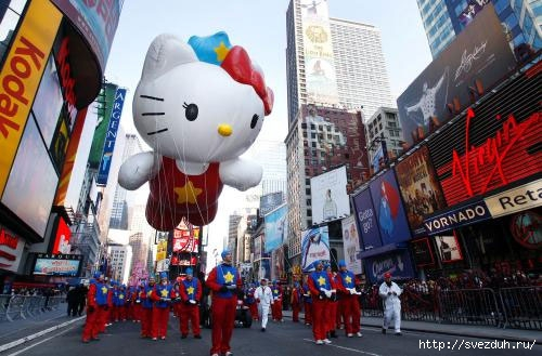 парад надувных шаров в нью-йорке