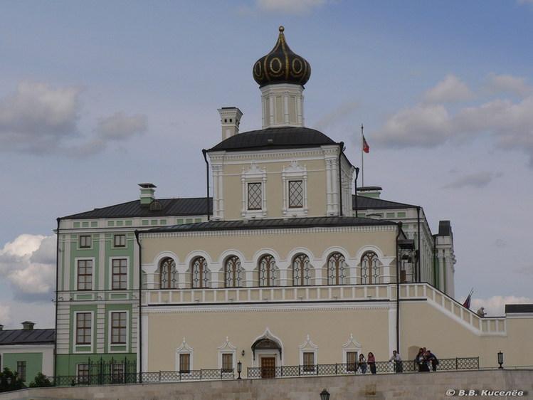 Картинки по запросу дворцовая церковь в казани