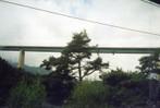 [+] Увеличить - Мосты на высочайших сваях, туннели по 2 км длиной... Замки на склонах гор...