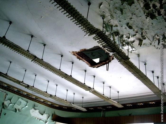10.Посмотрите только на резьбу потолка!