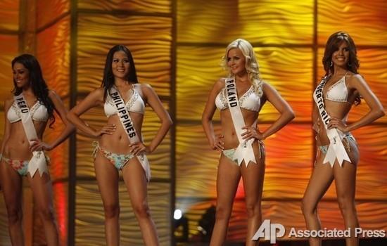 Мисс Перу, Мисс Филиппины, Мисс Польша и Мисс Пуэрто-Рико.