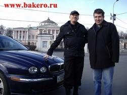 Автоинструктор Дмитрий Зайцев (справа) и режиссер Игорь Коробейников avto.bakero.ru