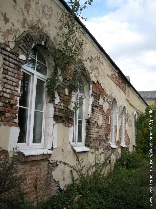 17.Евро-окна и ободранные стены...