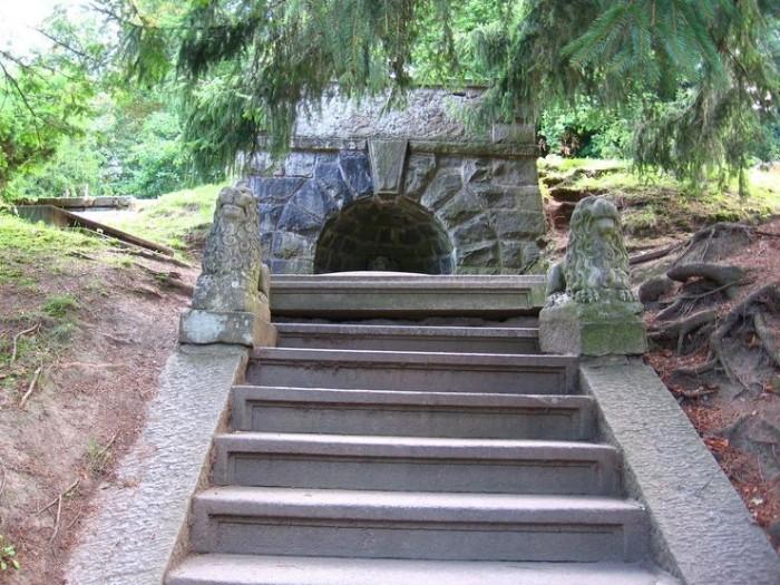 ЧЕХИЯ: Замок Конопиште 19050