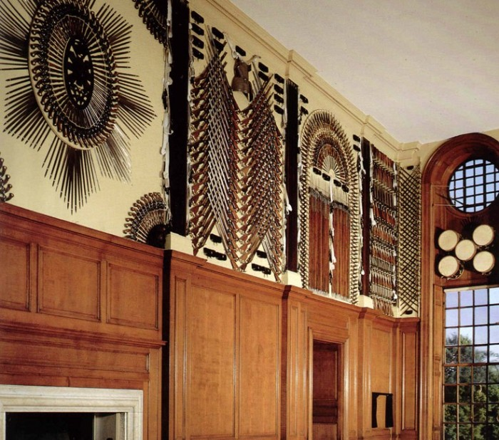 Дворец Хэмптон-Корт 79506