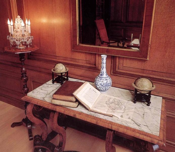 Дворец Хэмптон-Корт 22399