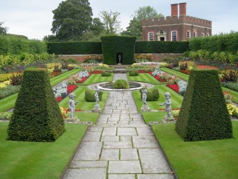 Сад дворца Хэмптон-Кор 12462