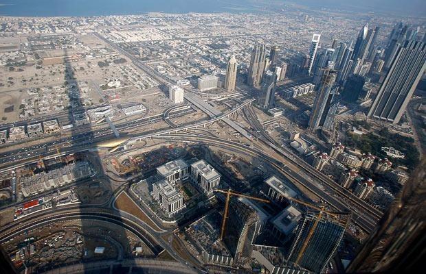 На церемонии открытия Бурдж Дубай (Бурдж Халифа), Дубаи, Арабские Эмираты, 4 января 2010 года.
