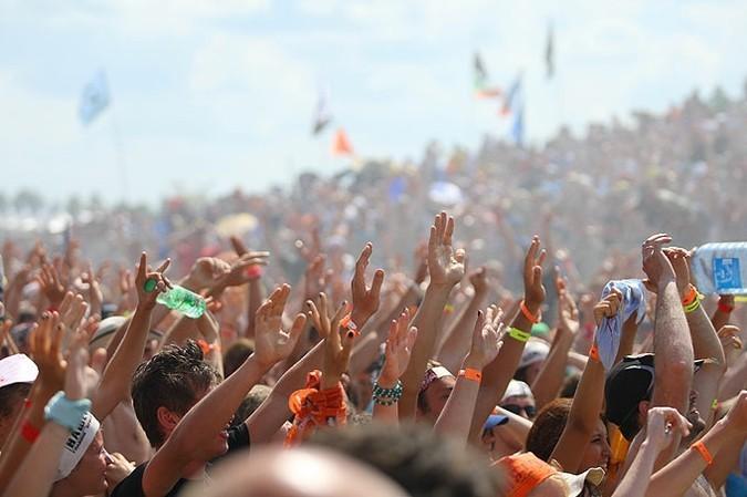 Рок-фестиваль 'Нашествие' прошел в десятый раз.