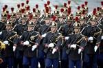 Французская Республиканская гвардия. День взятия Бастилии в Париже, Франция, 14 юля 2010 года.