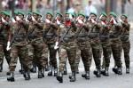 Бенинская женская армия. День взятия Бастилии в Париже, Франция, 14 юля 2010 года.