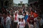 [+] Увеличить - зомби-парад в москве 4