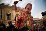[+] Увеличить - зомби-парад в москве 5