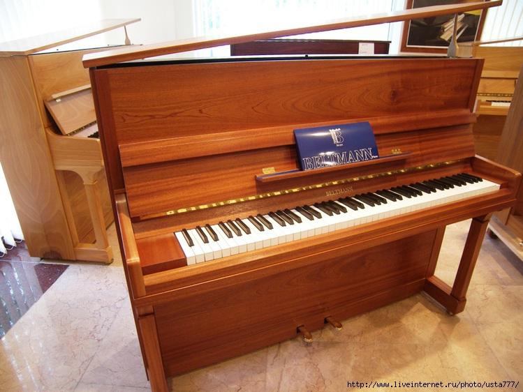 Габаля, фоторепортаж с фабрики пианино,2011 г