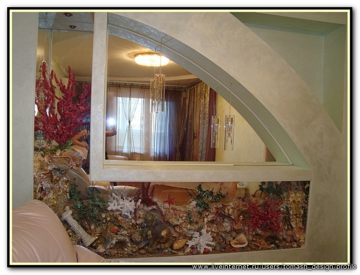 Имитация аквариума в интерьере