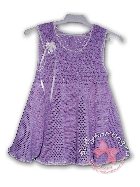 Летнее вязаное платье крючком для девочки 23 лет.
