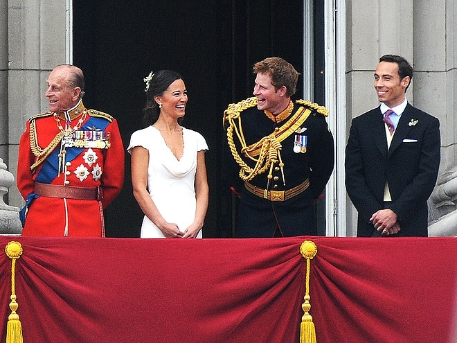 Prince William and his bride Princess Catherine appear at the balcony of Buckingham Palace along with Queen Elizabeth, Prince Philip, Prince Harry, Pippa Middleton and James Middleton after their wedding ceremony in London, UK on April 29, 2011. Photo by