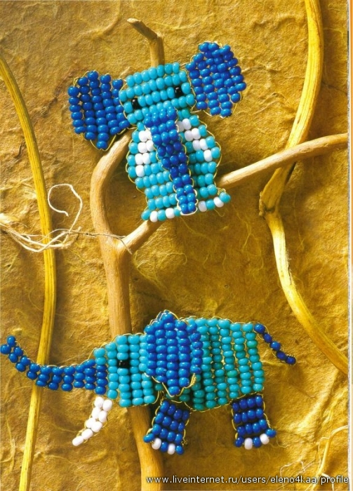 Соединяйте детали как показано на схеме. бисер синего цвета - бисер голубого цвета - 14 белых бисерин...