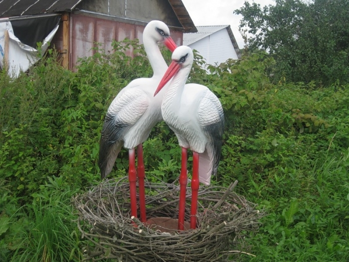 Сплести гнездо для аиста своими руками из веток