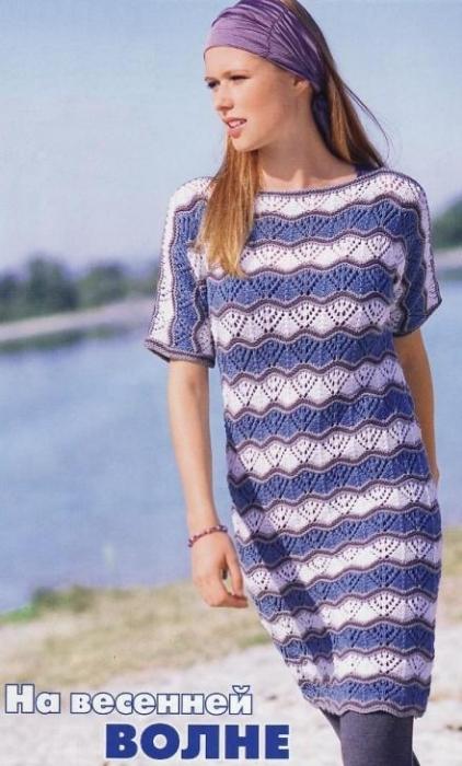 Пуловер-платье  с цельновязаными рукавами